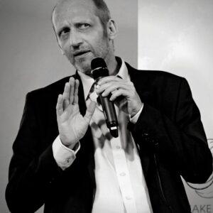 Reiner Wein Politischer Podcast Wien Gastgeber Gunther Sosna