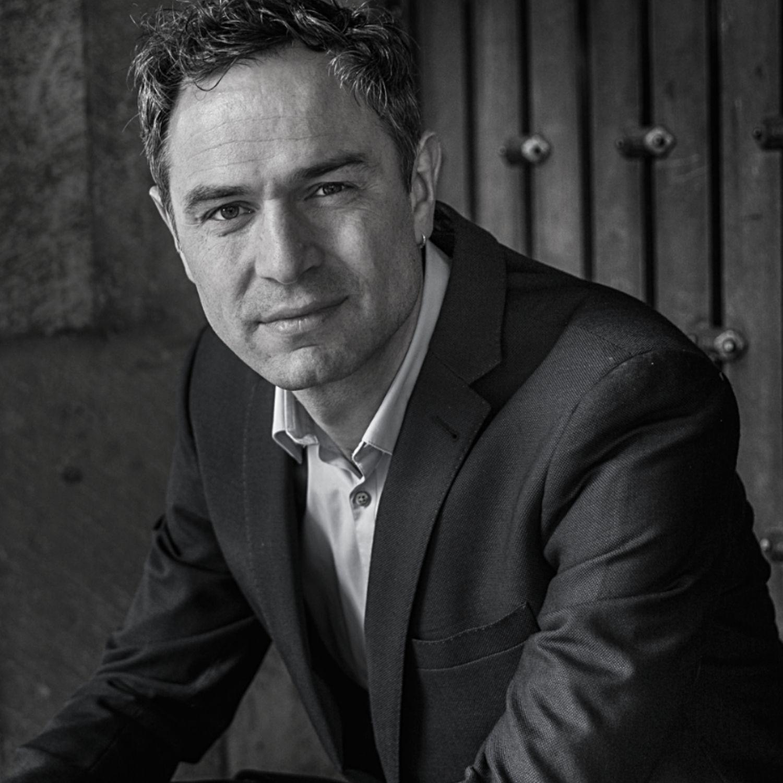 Reiner Wein Podcast Dr. Daniele Ganser (Foto: Ingo Wösner)